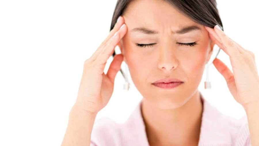 Mareos nauseas y cabeza dolor escalofrios de