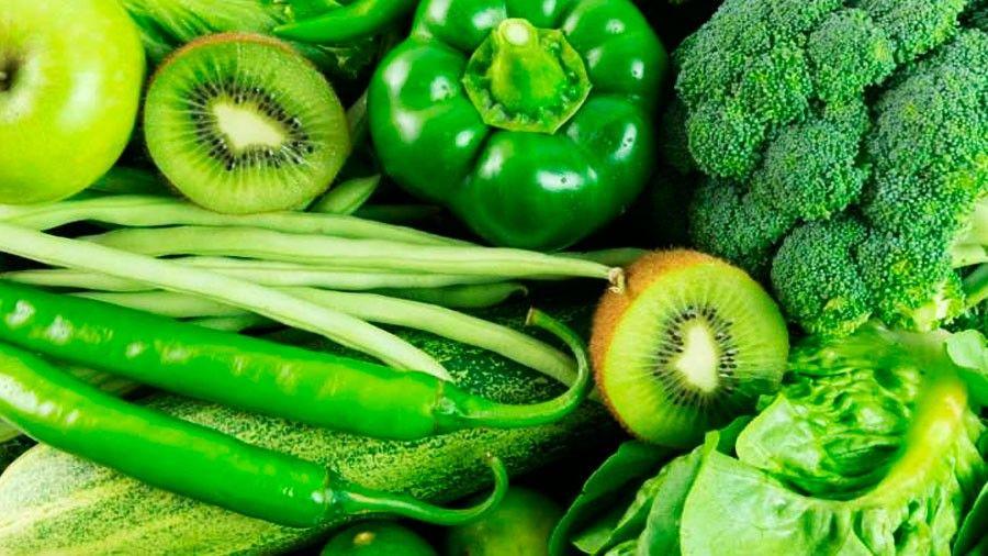 Qué tienen de especial las frutas y vegetales verdes?